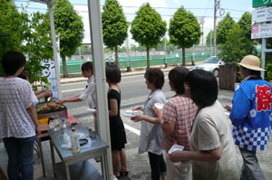 http://e-tamaya.sakura.ne.jp/rentall/kiji_img/yakisoba2.jpg